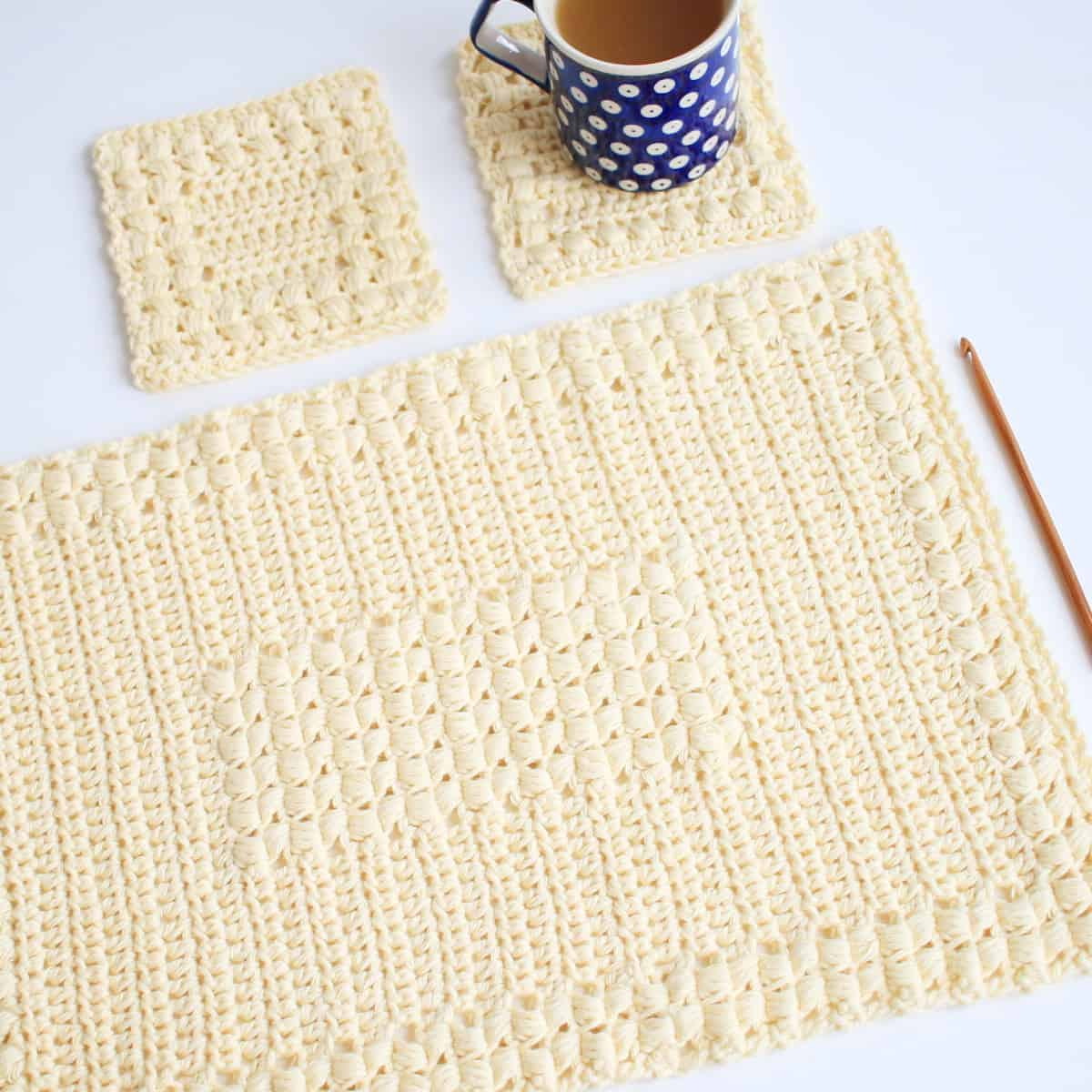 Crochet Free Matching Set of Sunny Hollow Placemats and Coasters
