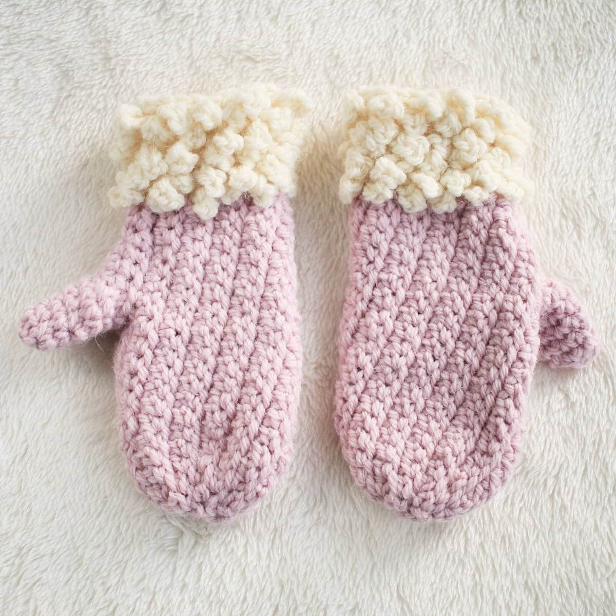 Cute Pink and Cream Two Toned Child Mitten Pattern