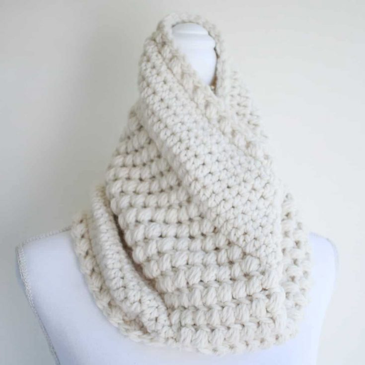 Gathered Buds Crocheted Cowl