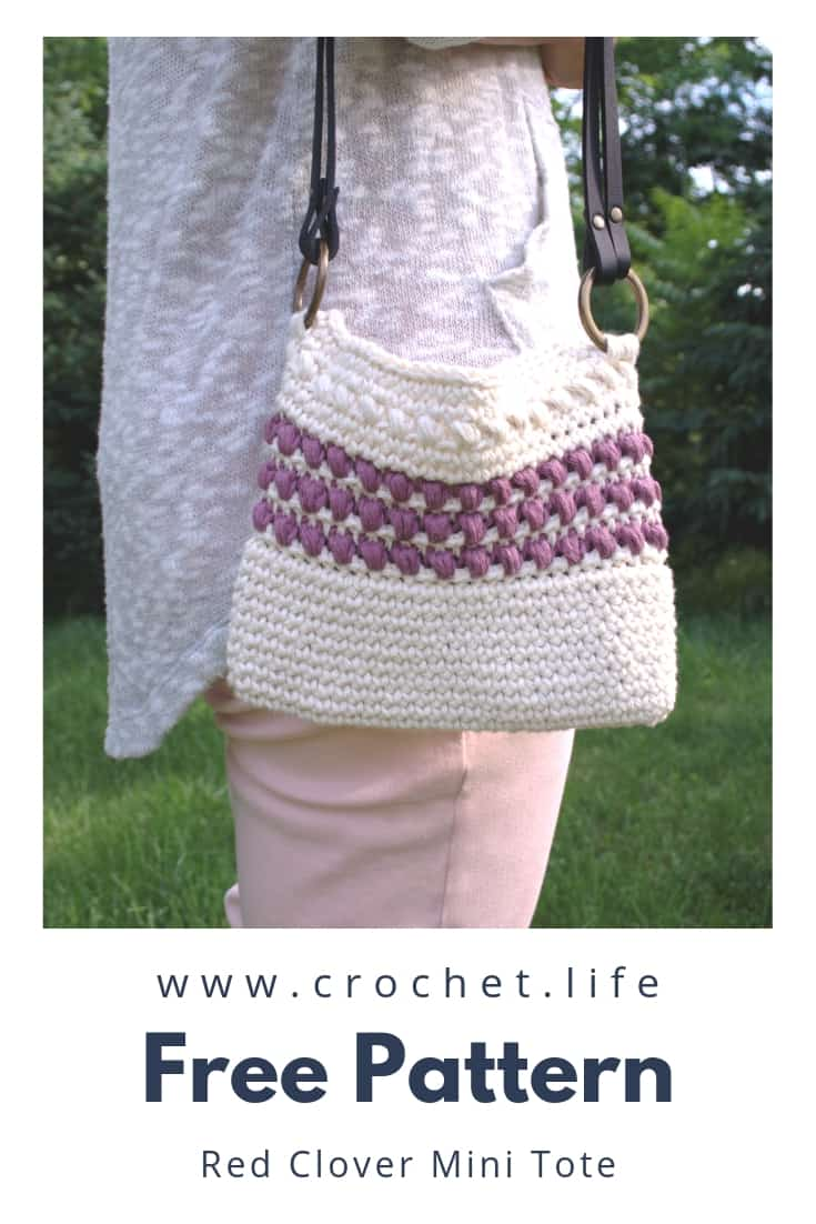 Free Crochet Mini Tote Pattern. Red Clover Mini Tote is Easy and Full of Texture with Puff Stitches.