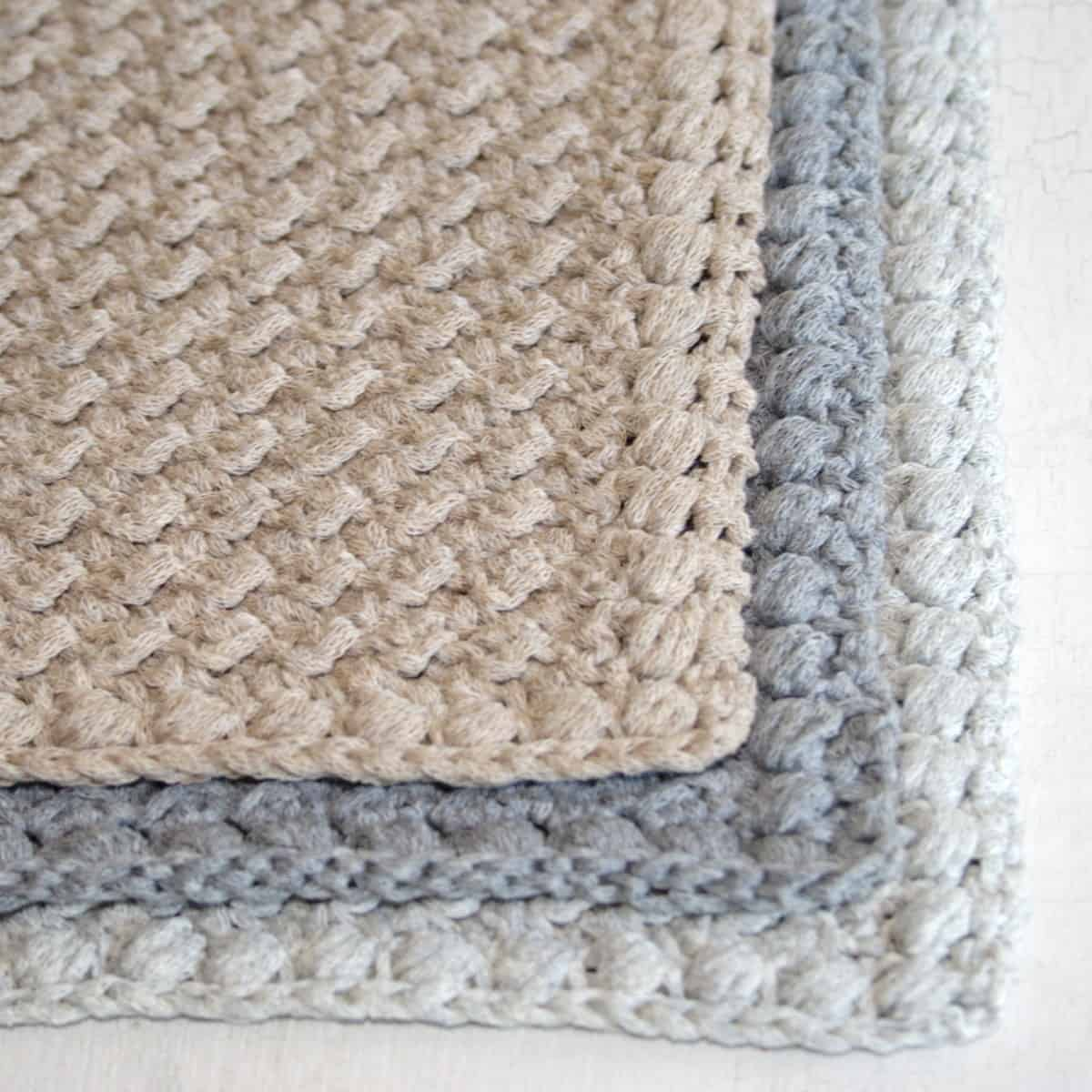 Creek Pebbles Puff Stitch Border