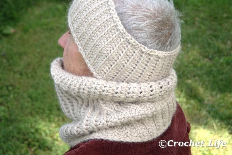 White crochet headband for men, worn by an old man.