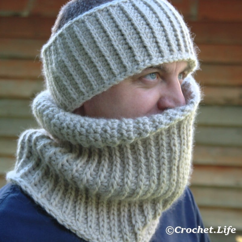 White crochet headband and cowl for men.