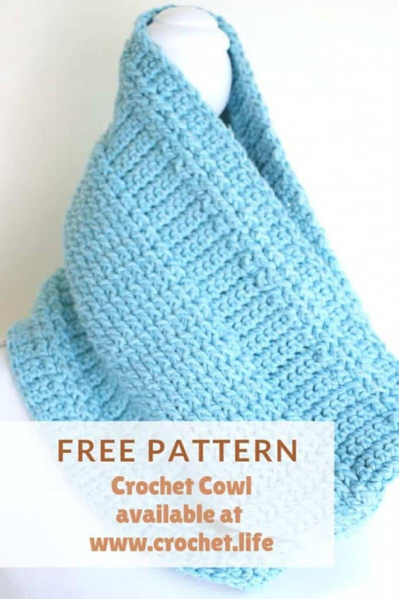Blue cowl pattern