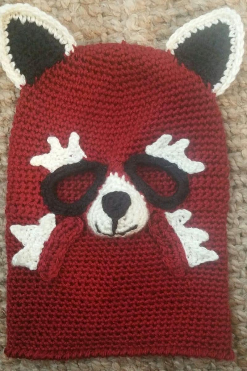 Red Panda crochet mask