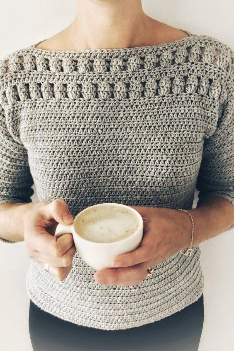 Grey sweater with collar puff