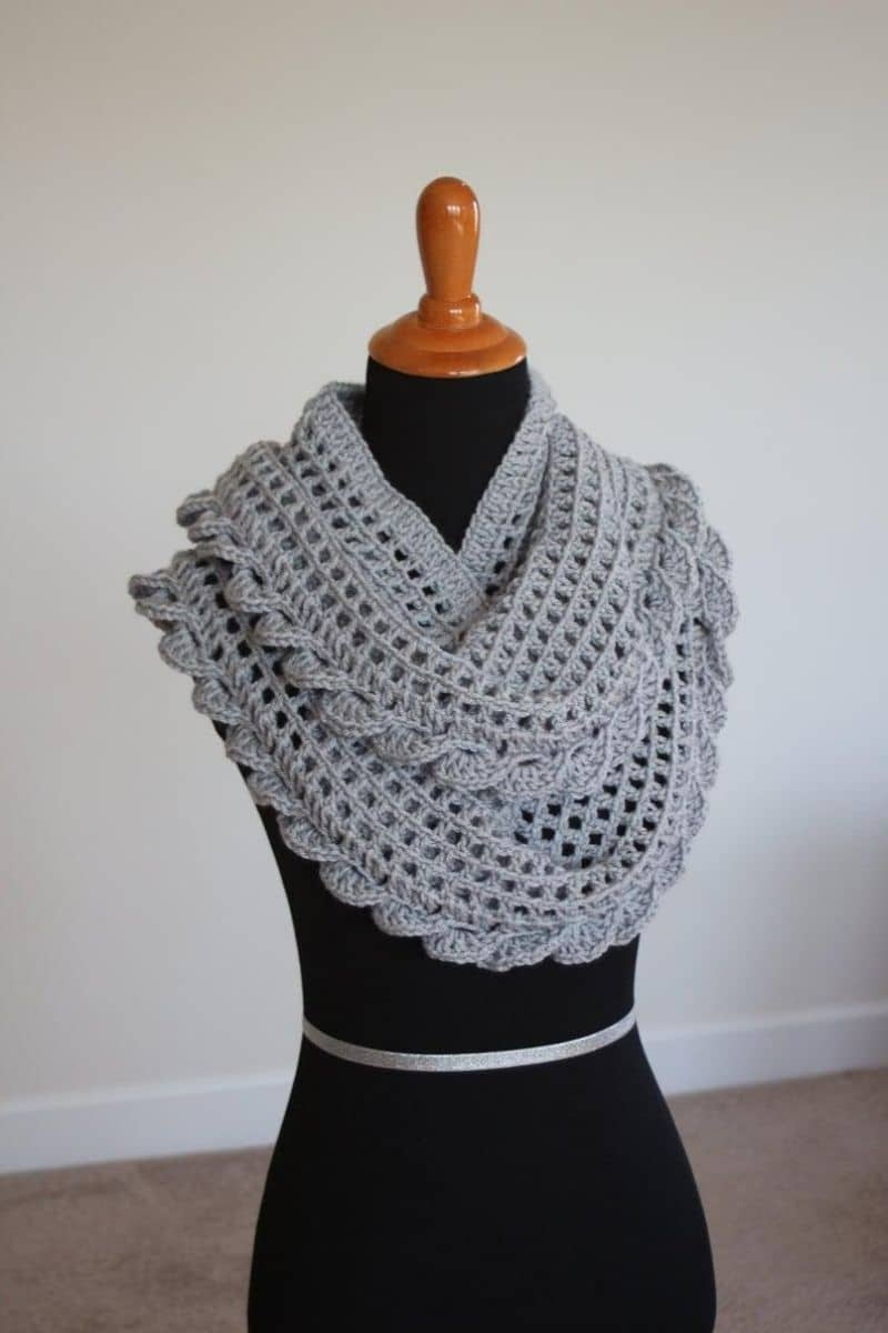 Grey scalloped edge scarf